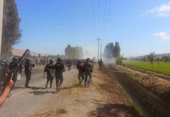 Durante la manifestación resultaron heridas otras doce personas. (Twitter.com/@PeruWorldNews)