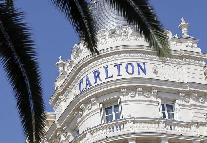 Fachada del hotel Intercontinental Carlton, donde se produjo el robo de las joyas. (Archivo/EFE)