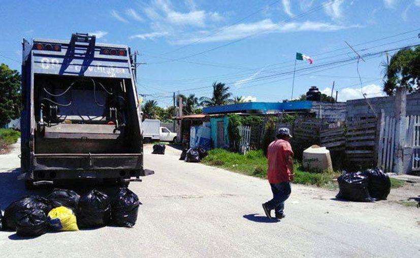 El tema de la recolección de residuos se agudiza en verano. (Novedades Yucatán)