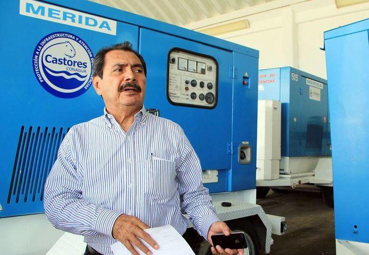 Roberto Pinzón Alvarez, gerente regional de la Conagua, detalló el proyecto integral para el sistema de drenaje de Mérida. (Milenio Novedades)