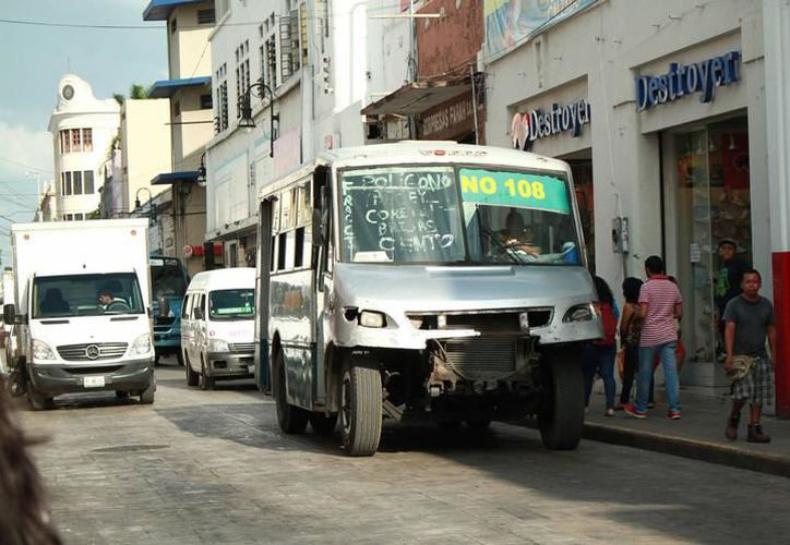 El reglamento también establece que es necesario tener un equipo de seguridad y mantenerlo en buen estado, así como un botiquín de primeros auxilios, pero pocas unidades en Yucatán están equipadas con lo requerido. (SIPSE)