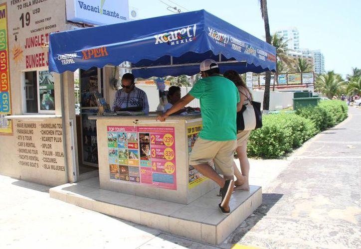 Los parques temáticos de Cancún y Playa del Carmen son de los más solicitados por los visitantes nacionales y extranjeros. (Tomás Álvarez/SIPSE)