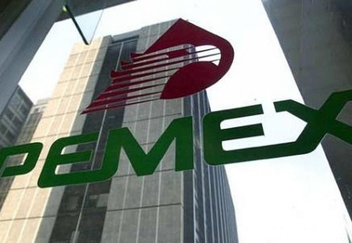 La emisión de deuda de Pemex forma parte de su Programa Anual de Financiamiento 2017 y su estrategia para diversificar las fuentes de financiamiento. Imagen del logotipo de Pemex. (Archivo/Agencias)