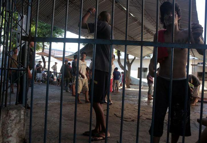 """La medida se centrará en las cárceles capitalinas, como en la de """"Tacumbú"""", la mayor del país. (EFE)"""