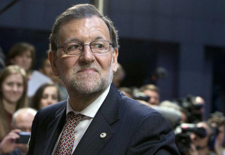 Tras la agresión que sufrió en Pontevedra, el presidente Mariano Rajoy, publicó un video donde se le ve entrenando. Imagen de Rajoy al llegar a la cumbre de la UE en Bruselas. (Agencias)