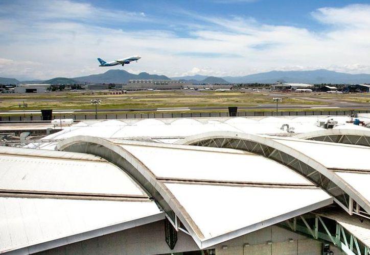 Ya trabajan con Aeropuertos y Servicios Auxiliares (ASA), así como con Petróleos Mexicanos (Pemex) para atender la falta del insumo. (Foto: Internet)