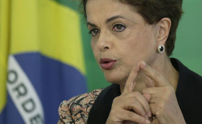 La presidenta suspendida Dilma Rousseff instó, en vísperas de la apertura de los Juegos Olímpicos, a que sus seguidores se lancen a las calles en repudio de lo que ella denomina como un 'golpe' y para revertir el impeachment. (EFE/Archivo)