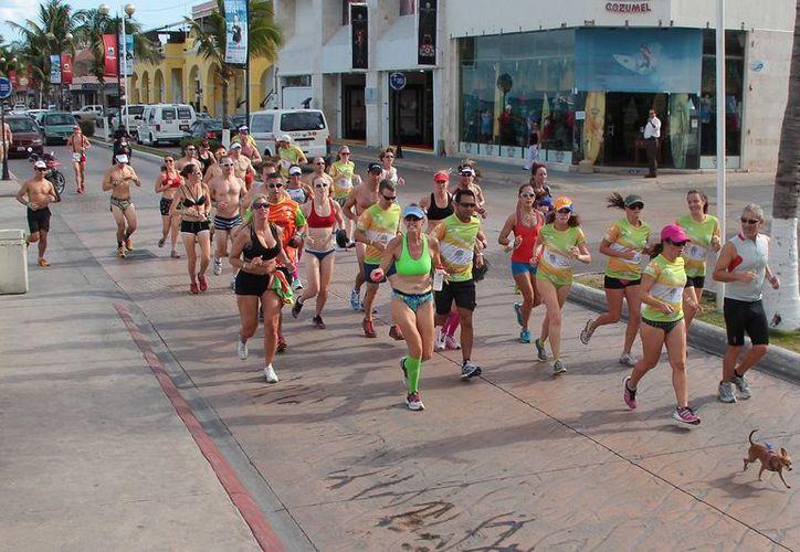 La competencia ha logrado reunir hasta a 300 participantes, incluidos atletas de 'Ironman'. (Gustavo Villegas)