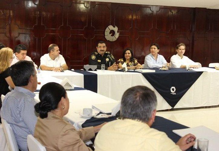 De acuerdo a Saidén Ojeda, entre los nuevos objetivos de la SSP está la construcción de más Centros Integrales de Seguridad Pública. (SIPSE)