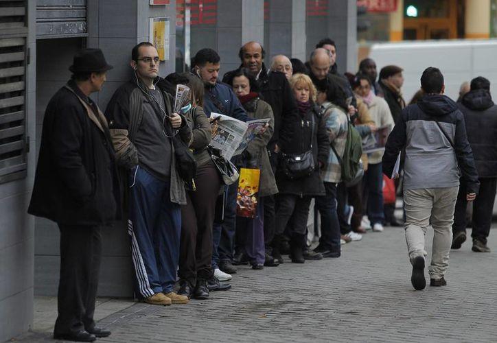 El número de desempleados se sale de control. (AP)