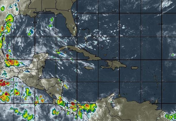 Las altas temperaturas continuarán y estarán por arriba de los 32 y 34 grados centígrados en Cancún. (Intellicast)
