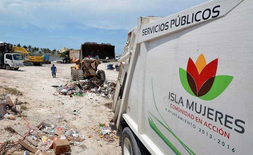 Debido a la temporada vacacional y a la cantidad de turistas pondrán en marcha los programas de recoja de basura y traslado de la misma para darse abasto. (Redacción/SIPSE)