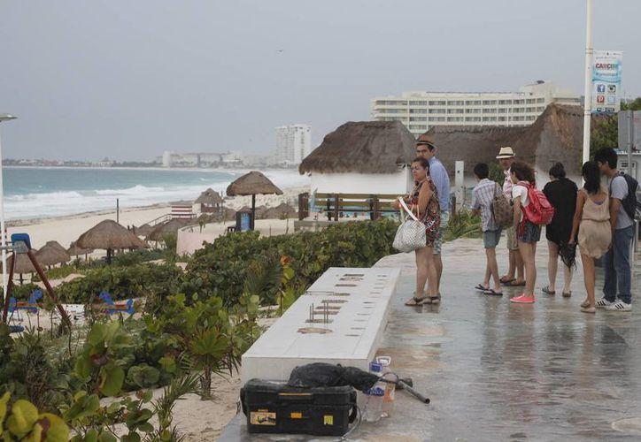 Las letras fueron retiradas porque debido al uso, se aflojaron, situación que ponía en riesgo a los turistas. (Israel Leal/SIPSE)