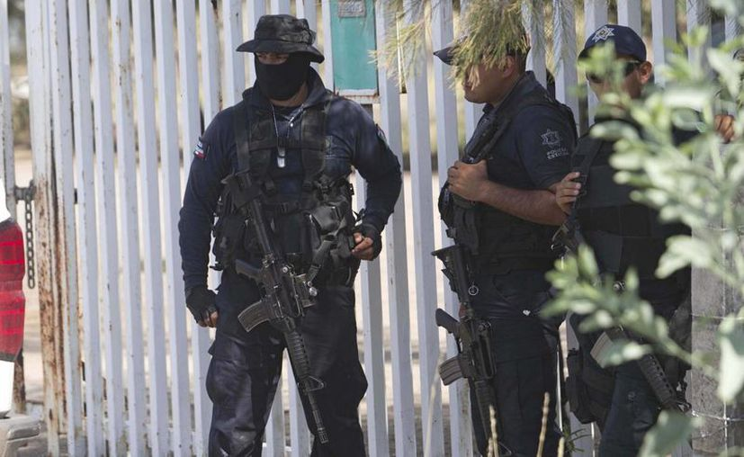 Los delincuentes 'atacaron con intensidad' a las fuerzas federales, indicó Monte Alejandro Rubido. (AP)