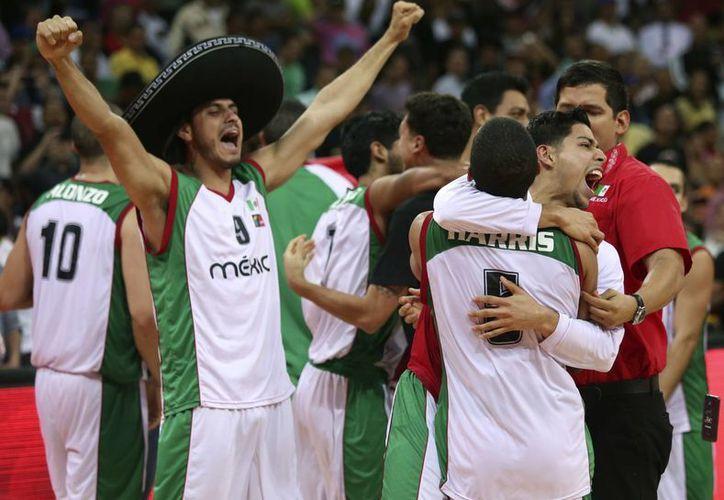 Puerto Rico dio pelea durante todo el partido pero al final México se impuso. (Agencias)