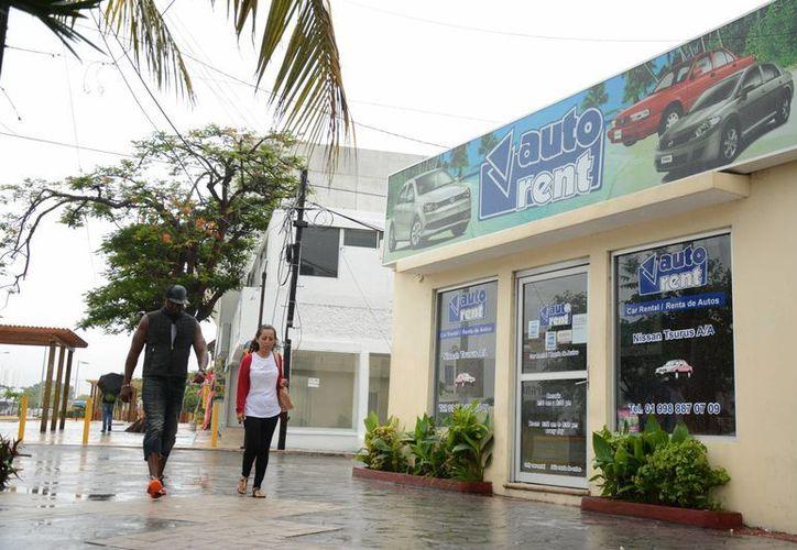 Existen 45 empresas arrendadoras en Cancún. (Victoria González/SIPSE)