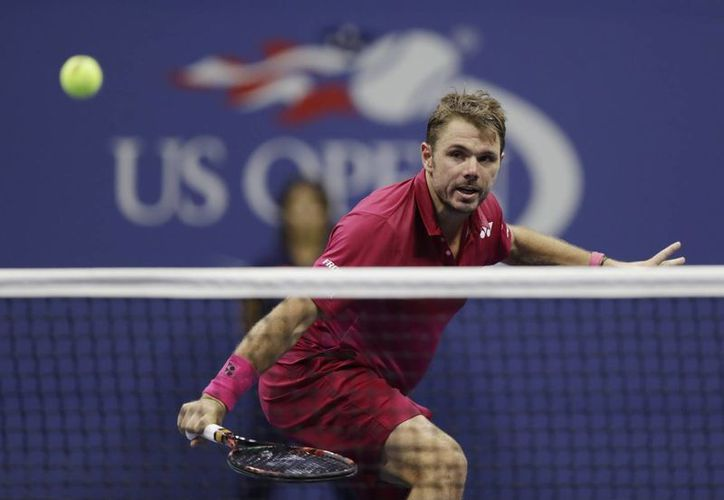 Stanislas Wawrinka (foto) comenzó perdiendo la semifinal ante Kei Nishikoir, pero le dio la vuelta y ahora enfrentará a Djokovic en la final del Abierto de Estados Unidos. (AP)