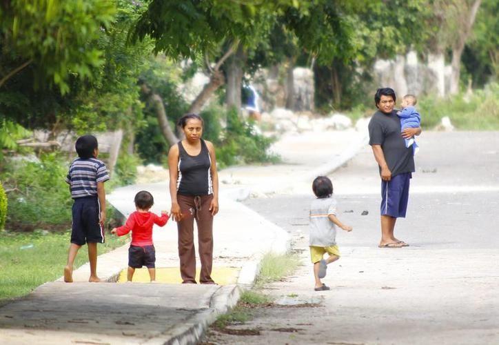 El problema de nutrición ocasiona que actualmente los niños se vean más pequeños, en comparación con la edad que tienen. (SIPSE)