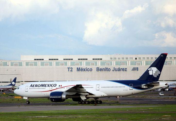 La tenencia accionaria en la firma quedará con 51% para la aerolínea mexicana y 49% para Aimia. (REFORMA)