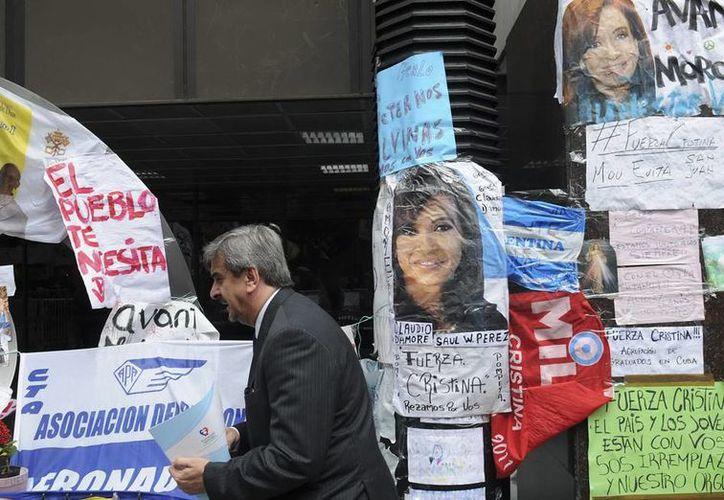 Las muestras de apoyo a Cristina Fernández se hicieron públicas en algunos lugares de Argentina. (Archivo/Efe)