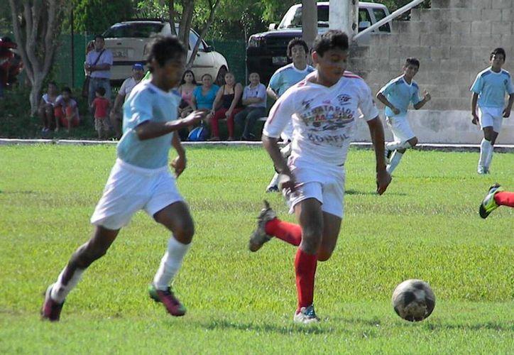 En la Cuarta Bonfil derrotó 3-1 a Yalmakán FC y en la Quinta 3-1. (Ángel Mazariego/SIPSE)