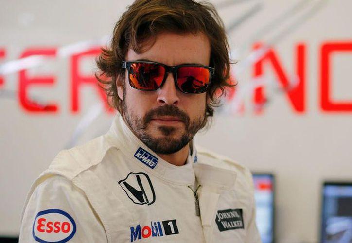 Fernando Alonso lleva ya varios tira y afloja con su equipo. (Libertad Digital)