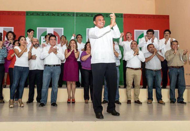 Rolando Zapata convocó a conocer las reformas políticas, así como las leyes electorales federal y estatal. (Milenio Novedades)