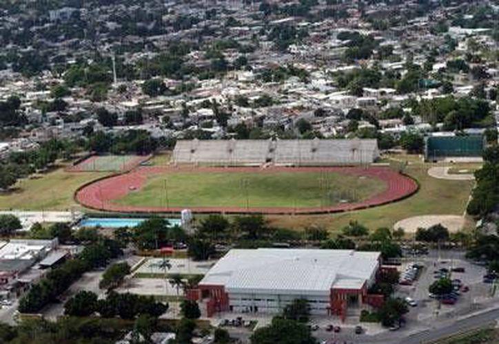 El estadio Salvador Alvarado es sede del 1er Encuentro Atlético Juvenil, que sirve como preparativo para la Olimpiada Nacional 2015. (Milenio Novedades)