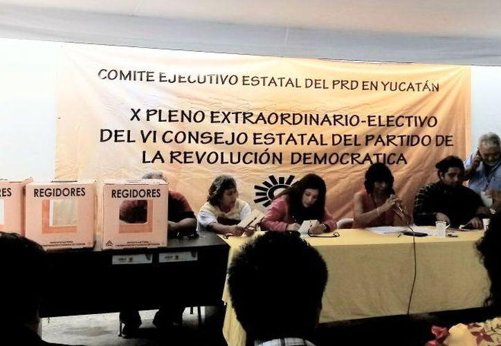 El 'sol azteca' eligió a candidato a la gubernatura, 15 diputaciones locales de mayoría y 65 alcaldías. (Foto: Milenio Novedades)
