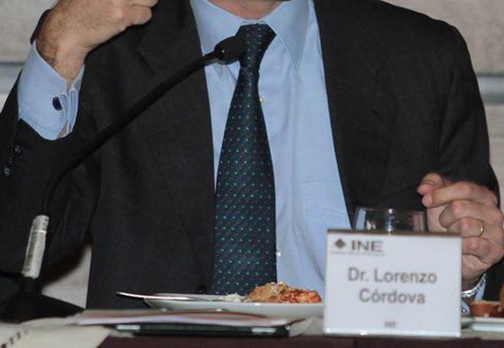 Lorenzo Córdoba indicó que el INE se encuentra elaborando sus propios reglamentos para ejercer sus resposabilidades constitucionales. (Archivo/Notimex)