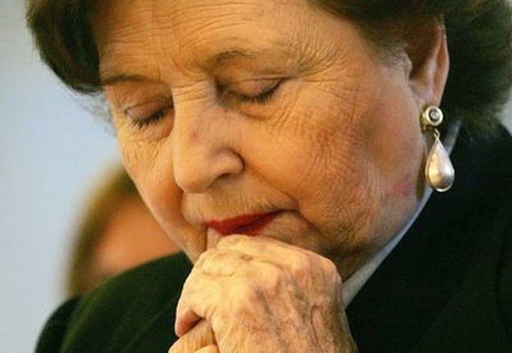 Según los familiares de Lucía Hiriart, los médicos recomendaron dejarla en observación hasta 48 horas. (Archivo/Efe)