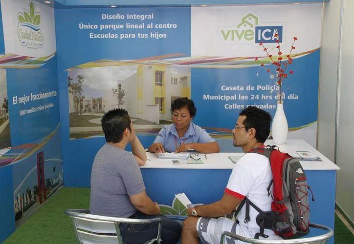 Continúa la oferta de viviendas en el Parque de las Palapas. (Tomás Álvarez/SIPSE)