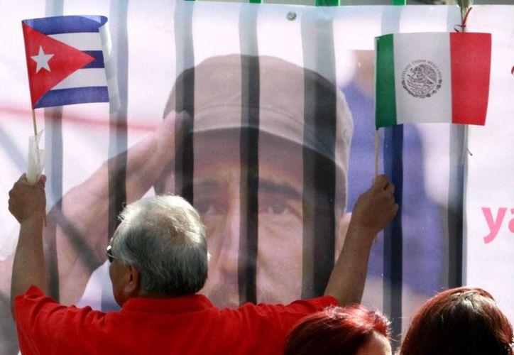 Un libro de condolencias será abierto en Cancún con motivo de la muerte de Fidel Castro. (Notimex)