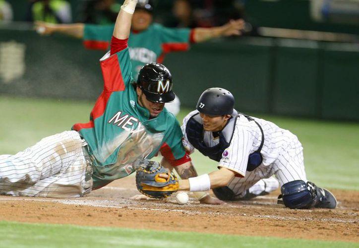 La Selección mexicana de beisbol derrotó a su similar de Japón, en partido amistodo, en Tokio. (AP)