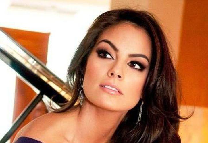 """El reality show """"México Diseña. El Combate"""" es conducido por Ximena Navarrete, ex Miss Universo mexicana."""