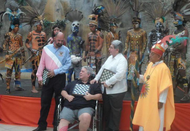 Alejandro Preve en el homenaje en su honor. (Jesús Erosa/Milenio Novedades)