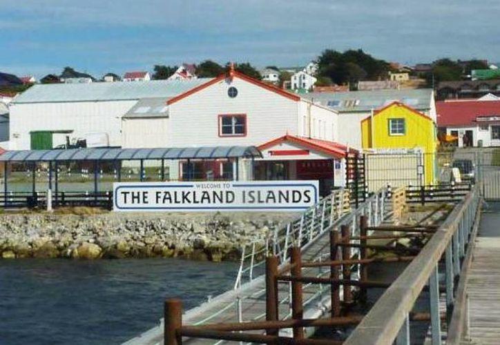 Las islas, conocidas como Falkland Islands en inglés, forman parte de los denominados territorios autónomos de ultramar de Gran Bretaña. (lavozdelinterior.com.ar)