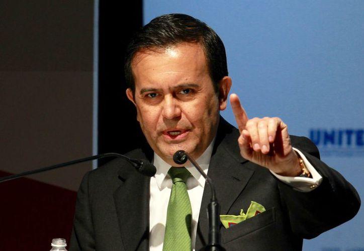 Ildefonso Guajardo cuestiona la decisión del muro, pues 'hay mejores opciones'. (vanguardia.com)