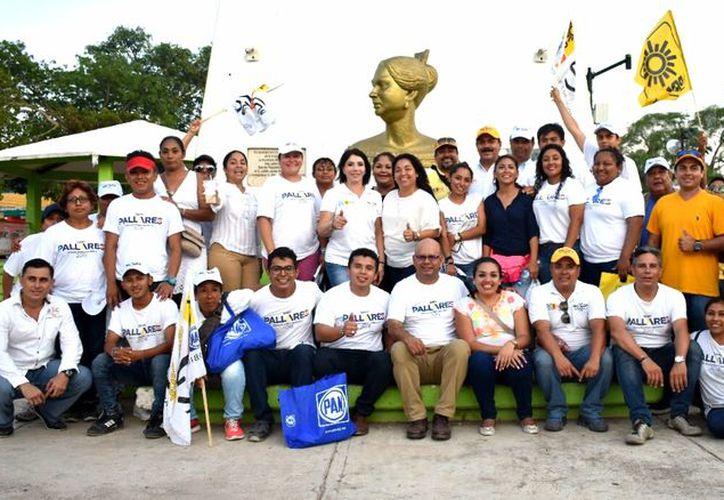 La abanderada del PAN, PRD y Movimiento Ciudadano expone que en el Frente todos los candidatos tienen la certeza de trabajar con propuestas que se reflejen en el bolsillo de la gente. (Redacción/SIPSE)