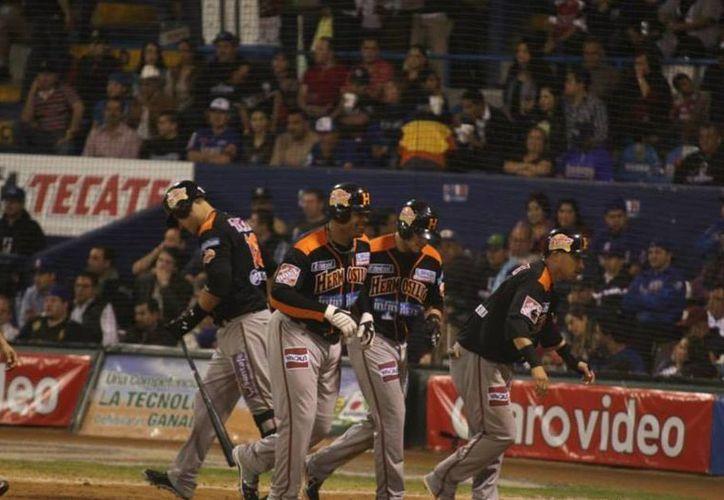 Los Naranjeros de Hermosillo se impusieron a los Cañeros de Los Mochis con un registro de Enerio del Rosario. (ligadelpacifico.com.mx)