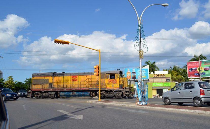 Yucatán volverá a tener tren de carga y de pasajeros a Quintana Roo. (Milenio Novedades)