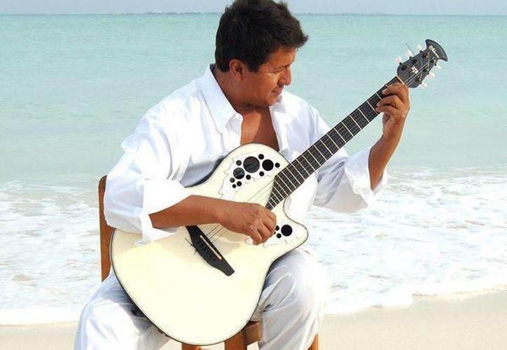 La música lo ha llevado a diversos lugares del país. (Facebook)