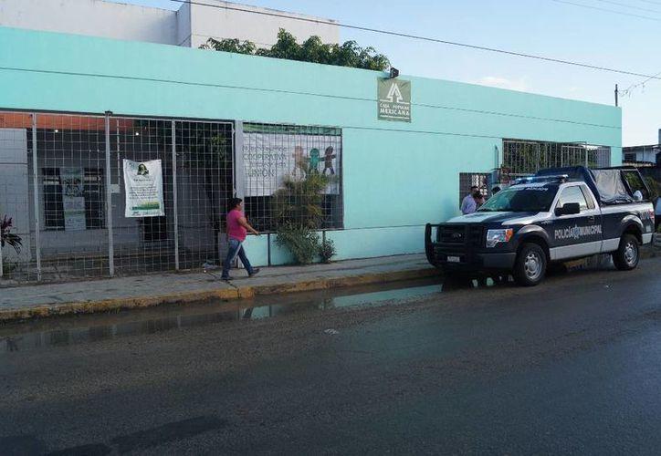 Los asaltantes abrieron la caja fuerte y sustrajeron la cantidad en efectivo de 96 mil 55 pesos. (Redacción/SIPSE)