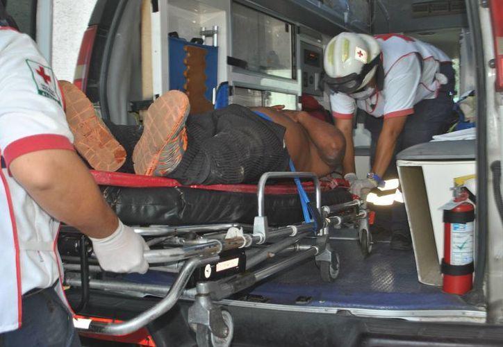 Un lesionado presentó heridas abrasivas en la cara y contusiones en espalda. (Redacción/SIPSE)