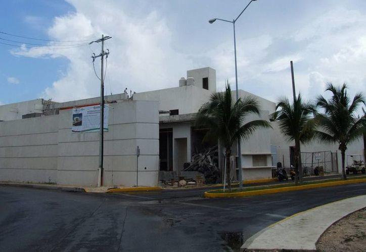 El Hospital Comunitario de Isla Mujeres presenta un avance físico del 91 por ciento. (Cortesía/SIPSE)