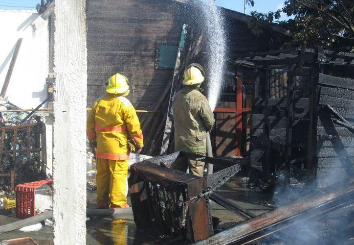 A pesar de lo intenso del incendio no se registraron lesionados. (Cortesía)