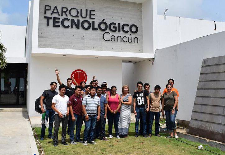 Los talleres y actividades para estudiantes de carreras de tecnología en el Parque Tecnológico de Cancún. (Foto: Contexto)