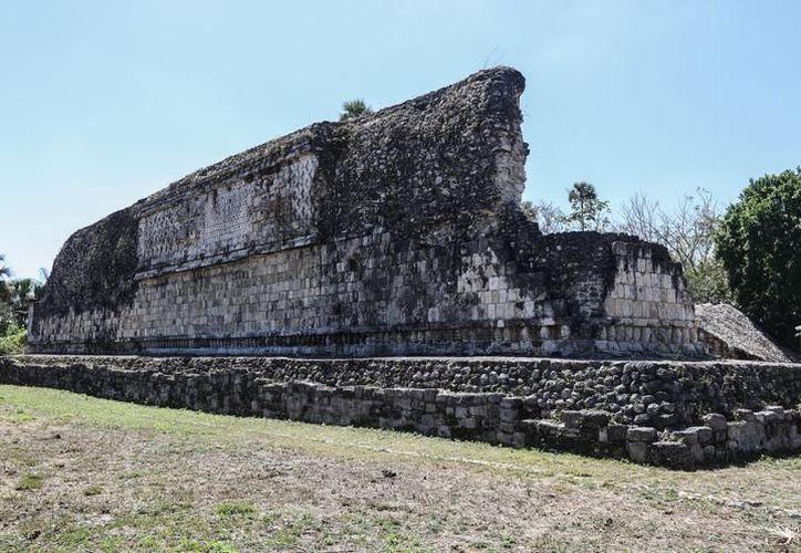 La zona arqueológica Kulubá, necesitará de promoción e infraestructura carretera antes de abrirse al turismo. (SIPSE)