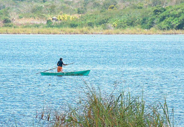 Habitantes del poblado piden mayor vigilancia por parte de las autoridades ambientales.