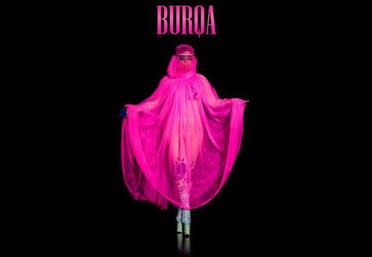 Imagen con la que se ilustra el sencillo 'Burqa' de Lady Gaga. (YouTube)